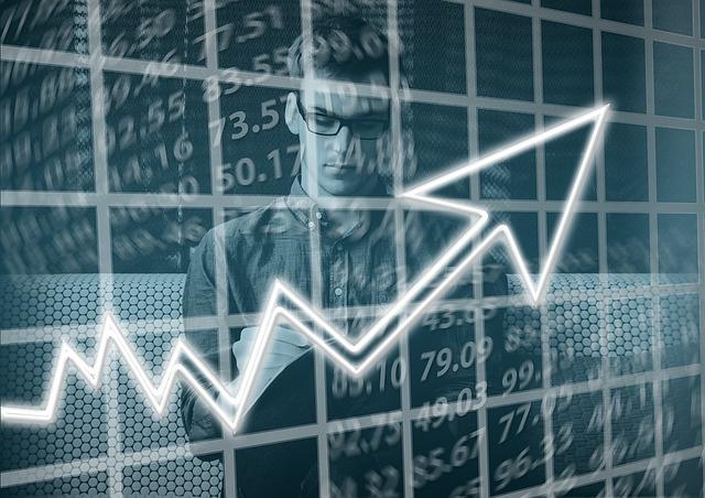 «Фармотрасль остается в числе немногих отраслей экономики России, где наблюдается хоть небольшой, но прирост»