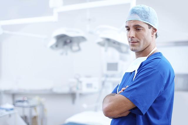 Столичные аудиторы обнаружили недостаток врачей и медсестер в Москве