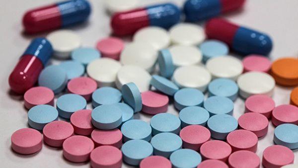 Правительство продолжит работу по снижению цены жизненно важных лекарств